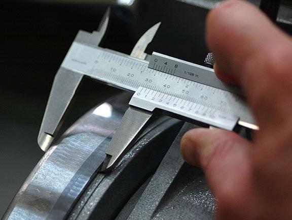 measuring caliper
