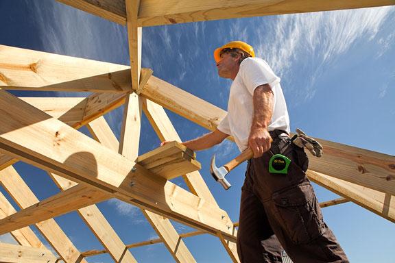 carpenter doing framing carpentry