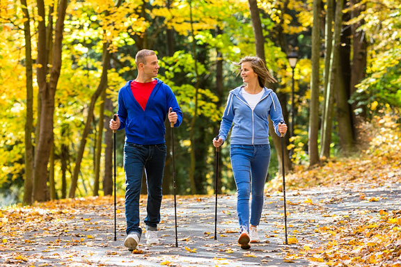 nordic walking couple