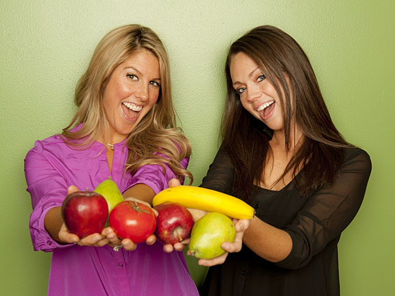 two female nutritionists